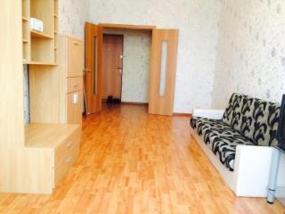 Снять квартиру по адресу: Салехард г ул Комсомольская 17