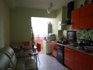 Продажа квартир: 2-комнатная квартира, Саратовская область, Энгельс, ул. Тельмана, 14а, фото 1