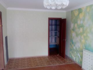 Продажа квартир: 1-комнатная квартира, Белгородская область, Губкин, ул. Фрунзе, 7, фото 1