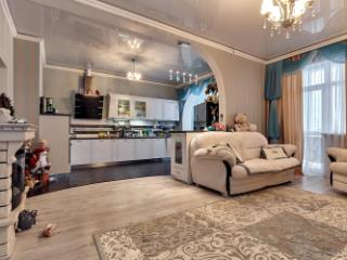 Продажа квартир: 3-комнатная квартира, Краснодар, б-р им Клары Лучко, 2, фото 1