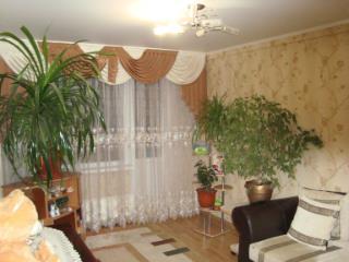 Продажа квартир: 3-комнатная квартира, Краснодар, ул. Гидростроителей, 13, фото 1