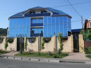 Продажа квартир: 1-комнатная квартира, Краснодарский край, Сочи, ул. Фиалок, 9, фото 1