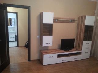 Снять 2 комнатную квартиру по адресу: Чебоксары г ул Декабристов 18