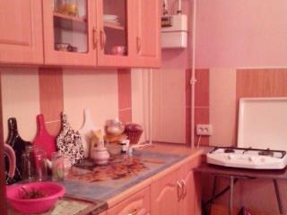 Продажа квартир: 2-комнатная квартира, республика Крым, Феодосия, пгт. Приморский, ул. Гагарина, 5, фото 1