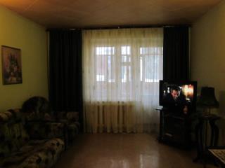 Продажа квартир: 3-комнатная квартира, Курган, 9 Мая ул., 1в, фото 1
