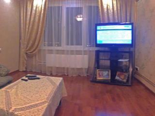Продажа квартир: 3-комнатная квартира, Краснодар, ул. им Димитрова, фото 1
