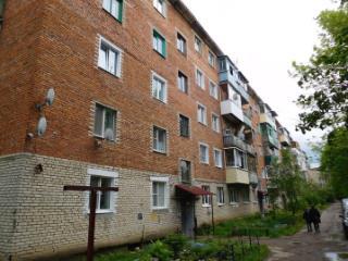 Продажа квартир: 2-комнатная квартира, Тульская область, Ясногорск, ул. Машиностроителей, 15, фото 1