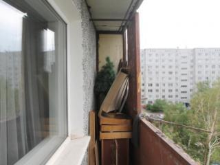 Продажа квартир: 1-комнатная квартира, Омск, ул. Лукашевича, 27, фото 1
