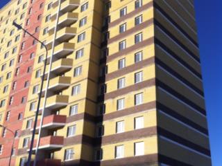 Продажа квартир: 2-комнатная квартира, Тюменская область, Тюмень, ул. Андрея Бушуева, 6, фото 1