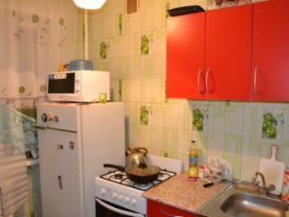 Продажа квартир: 2-комнатная квартира, Ленинградская область, Кингисепп, ул. Воровского, 28, фото 1