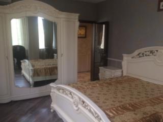Продажа квартир: 3-комнатная квартира, Краснодарский край, Сочи, Цветочная ул., фото 1