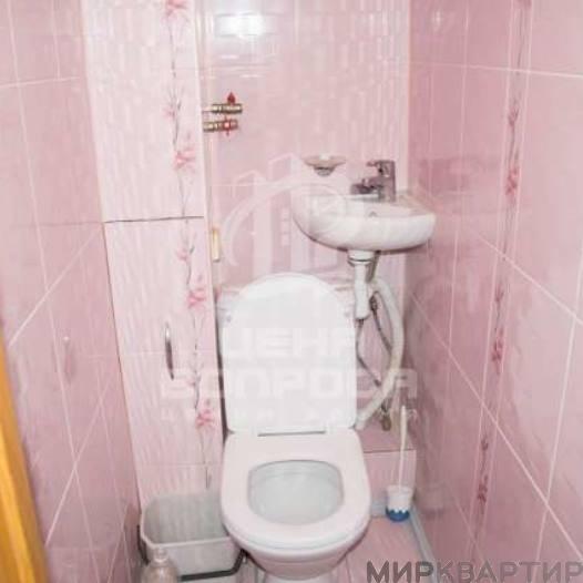 Продам квартиру Челябинск, ул. Братьев Кашириных, 108А