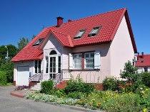 Индивидуальные дома вроссийских регионах подешевели этим летом